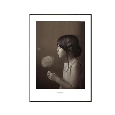 Plakat na ścianę Girl with a dandelion