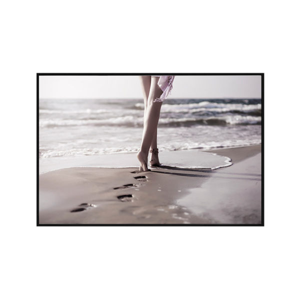 Plakat na ścianę walk on the beach